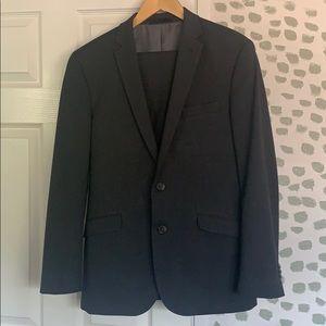 Kenneth Cole Reaction Men's Suit 40R W 33